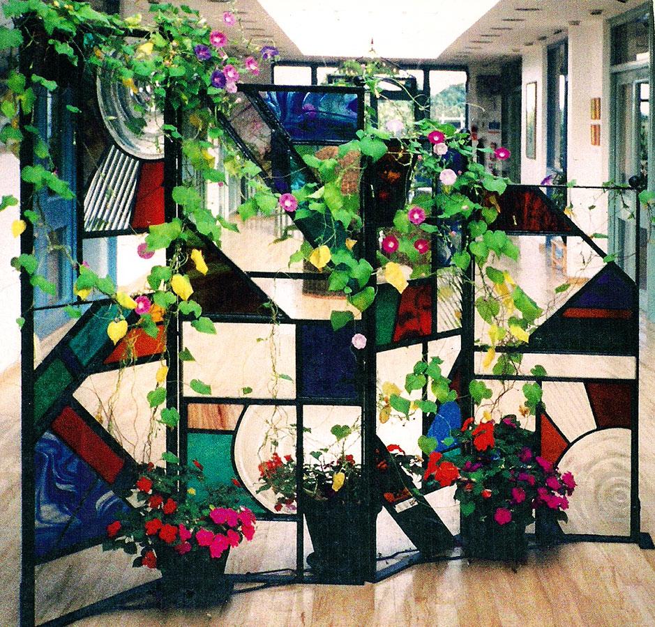 Screens & Garden Art